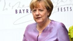 Меркел организира среща с топ бизнеса във връзка с мигрантите