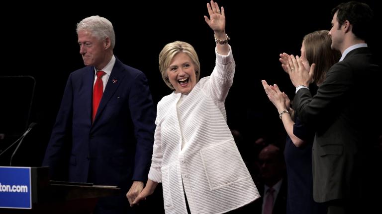 Семейство Клинтън ще присъства на клетвата на Доналд Тръмп