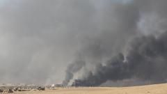 """""""Ислямска държава"""" уби с коли бомби най-малко 23 души край Мосул"""