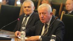 Михо Михов: Връщането на казармата – само след обществен дебат