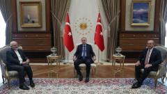 Турция разговаря с Иран за Сирия, САЩ и санкции