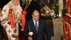 Светлина в душите и смирение в сърцата, пожела президентът Радев