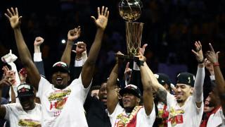 Торонто Раптърс отнесе титлата на НБА в Канада