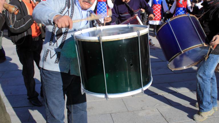 Най-слушаният стил музика в България е народната музика. Почти половината