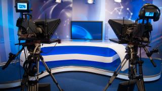 Високите стандарти не са цензура, отговори Нова на Васил и Слави
