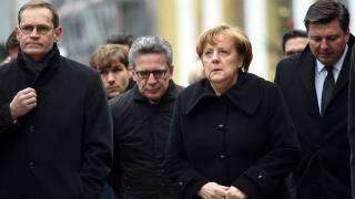 Рейтингът на Меркел се повишава