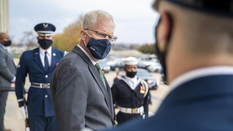 Милър отрече Пентагонът да спира комуникация с Байдън