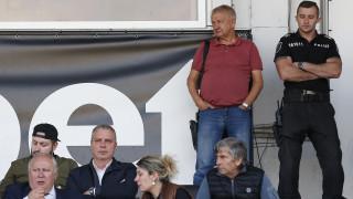 Крушарски: Мястото на играчите е на терена, не по заведенията!