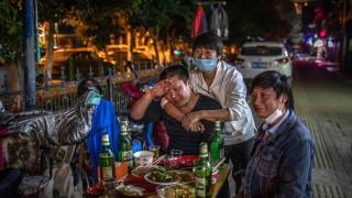 Китай започна спешни ваксинации в Ухан