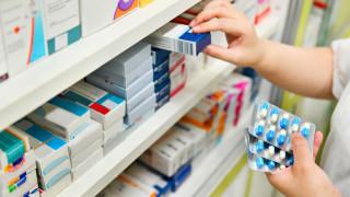 Спад в презапасяването с лекарства отчитат аптеките
