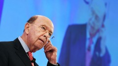 Министърът на търговията на САЩ защити бизнес връзките си с Русия