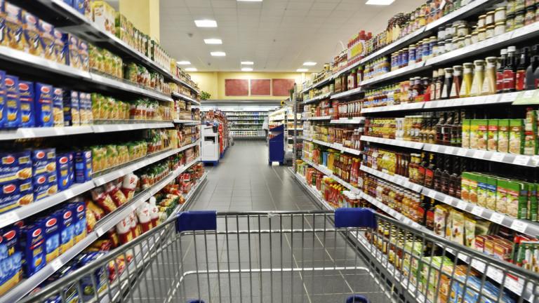 Водещият търговец на храни на Острова атакува конкуренцията с нови евтини магазини