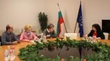 Министър Петкова води малките ВЕИ-та в Народното събрание