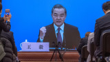 Китай и САЩ с необичаен публичен сблъсък в преговори
