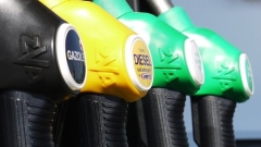 Франция обмисля вдигане на данъка върху дизела