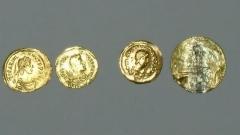 Златни монети и накити от античността откриха в дома на иманяр