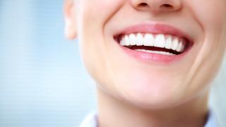 Да заложим ли на черно за бели зъби