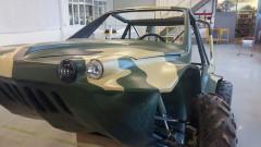 Уникална руска кола амфибия - пътува по въздух, вода и суша