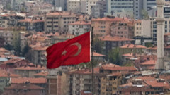 Изненадващо: Турската икономика ще изпревари по растеж конкурентите си, а през 2021-а чака 4% ръст