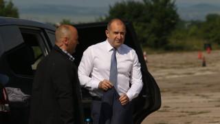 Румен Радев предупреди за бъдеще с проблемни коалиции на власт