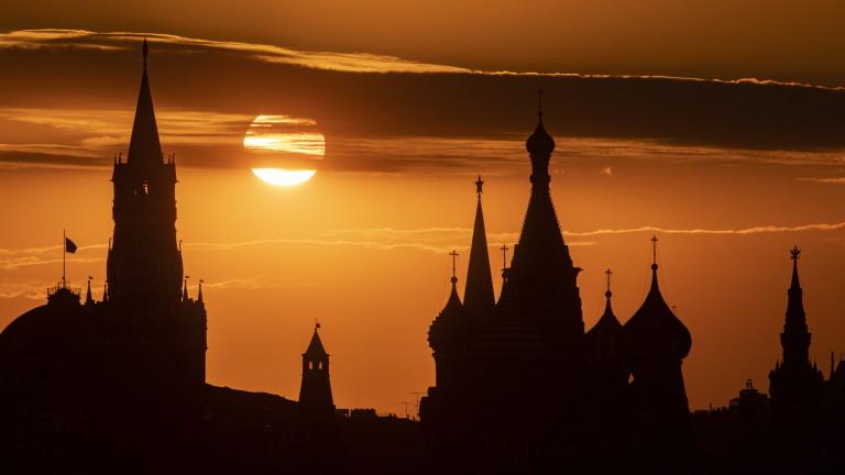 Александър Немец: Полумъртва страна пред разпад