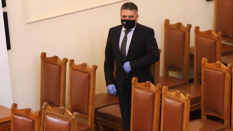 Кирилов очаква вето на мерките от закона за извънредното положение