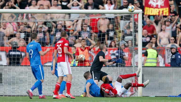 ЦСКА и Левски обединяват силите си в битката за телевизионните права