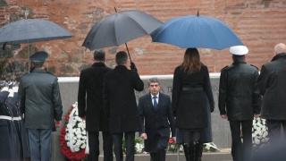 За 4 години Плевнелиев направил страната активен член на НАТО