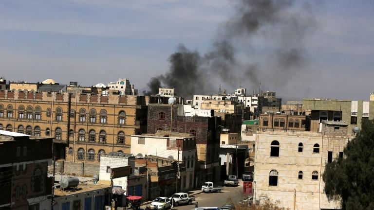 Въздушен удар уби 14 души в Йемен