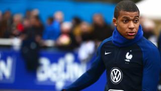 Мбапе става играч на ПСЖ до часове
