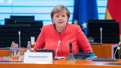 Меркел призовава за незабавно прекратяване на огъня в Нагорни Карабах