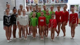 """Кандидати от 20 държави се явиха за """"България търси талант"""" (СНИМКИ)"""