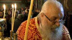 Отец Иван спаси приюта си в Нови хан