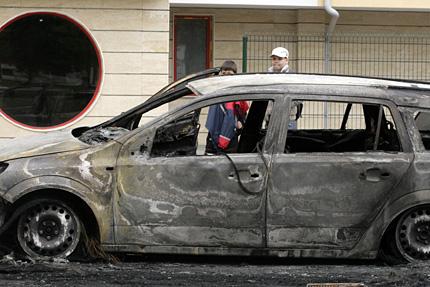 10 коли горяха в София тази нощ