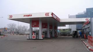 """""""Лукойл"""" вдига цената на дизела"""