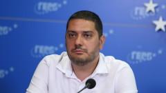 Христо Гаджев: В момента тайно се ремонтират лагери за бежанци