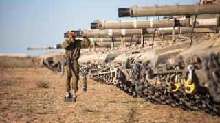Израелски бойни самолети удариха Газа след ракетно нападение