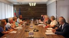 """В регионалното министерство търсят около 40 млн. лв. за разплащане с """"Автомагистрали-Черно море"""""""