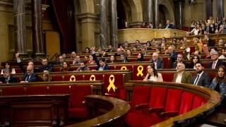 Каталунският парламент отново подкрепи Пучдемон за лидер