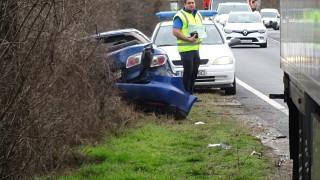 Тир удари кола в Благоевград, има ранен