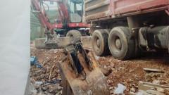 """Жителите на """"Дианабад"""" недоволстват срещу строеж в междублоково пространство"""