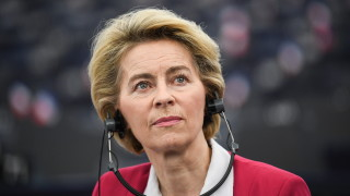 Фон дер Лайен: Великобритания повече ще пострада от ЕС, ако не се договорим търговски