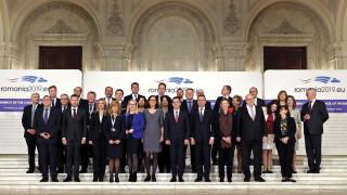 ЕС дебатира кога да започне търговски преговори с Тръмп