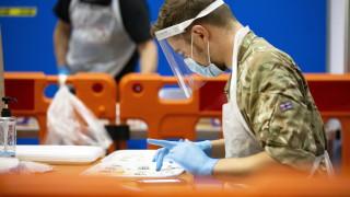 Великобритания започва да ваксинира срещу коронавируса от вторник