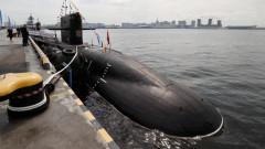 Руска подводница следяла британски самолетоносач