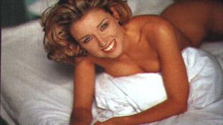 Дани Миноуг позирала за Playboy заради дългове