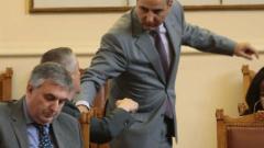 Ненчев се извинява за прелетелите над роженския събор US самолети
