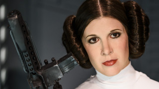 """Фенове на """"Междузвездни войни"""" с петиция за нова принцеса Лея"""