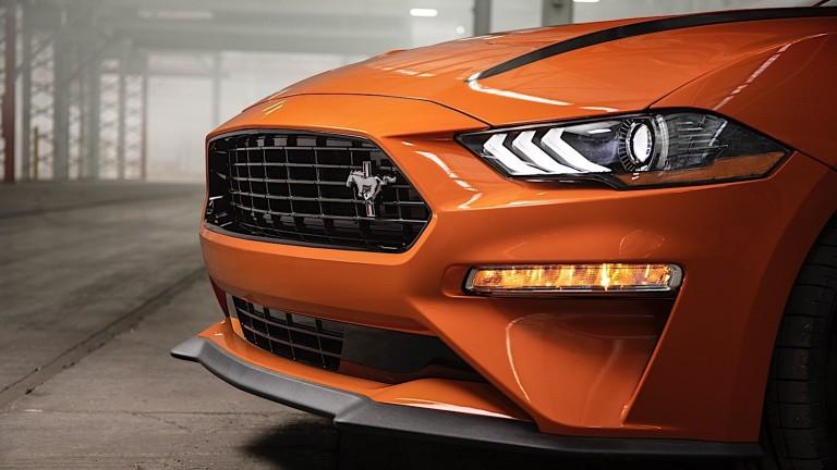 Снимка: Кой е най-продаваният спортен автомобил