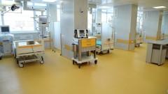 Съдят перничанин, вилнял в болница